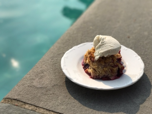 Peach Blackberry Crisp